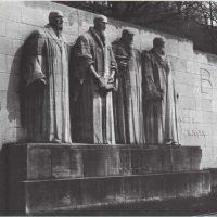 El muro de las estatuas